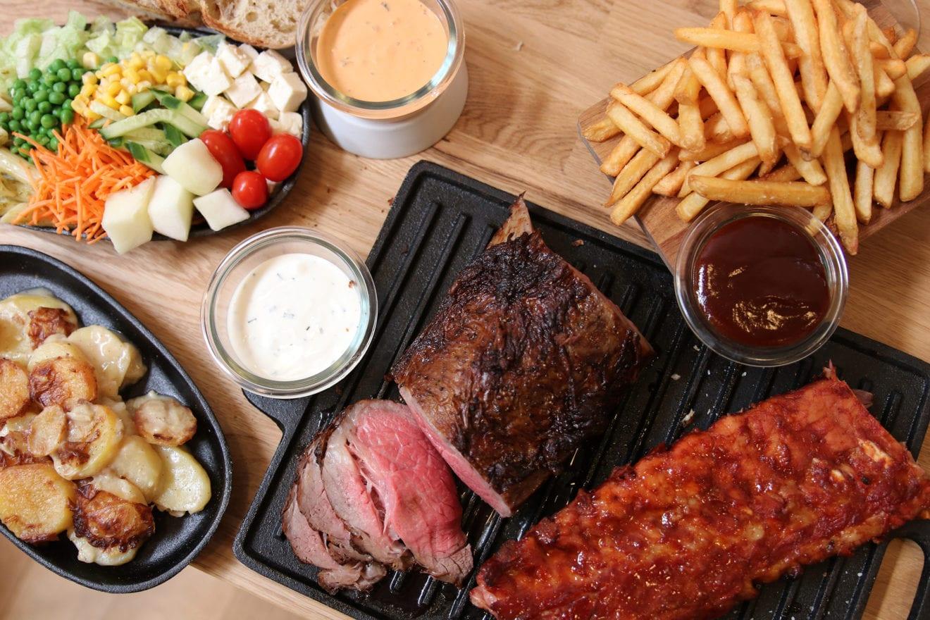 21 restauranter i Odense skærer op til 40 procent af prisen på take away i hele juli måned
